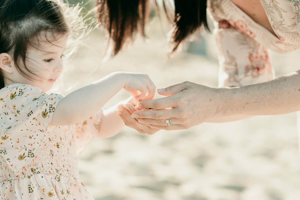 mum and daughter beach photos by cairns family photographer Lizzy Hannaford Photography
